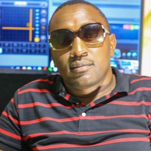 Nzavili Mweene(Ngelani Boyz Band)