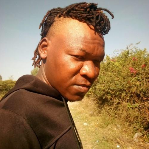 Luma Mweene(Kasayani Boyz Band)