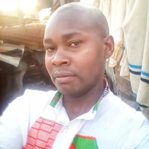 Dickson (Mwanzia)